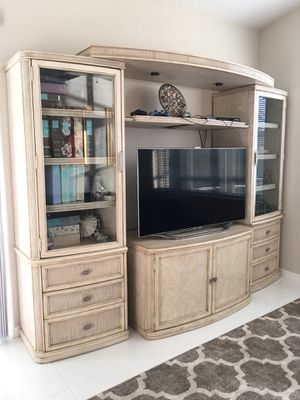 TV Console for Sale in FL, US