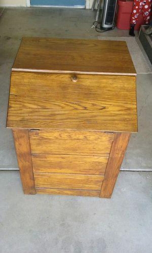 Antique storage box for Sale in Templeton, CA