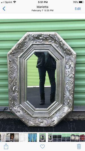 Antique Mirror for Sale in Powder Springs, GA