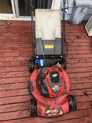 Toro personal space recycler electric start lawnmower. for Sale in Everett, WA