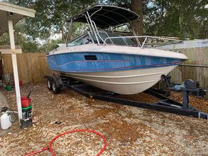 Well craft boat need gone ASAP 1500 obo ran wen parked trailer good tires like new Trailer will fit much larger boat for Sale in Summerfield, FL