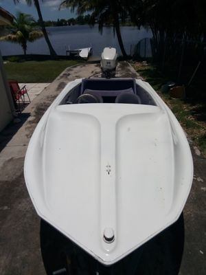 Classic 19 foot action Marine speed, lake ski boat 💨 for Sale in Hialeah, FL