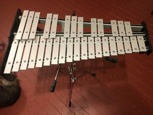Xylophone with Case And Lesson Books Yamaha 125 Alabaster for Sale in Alabaster, AL