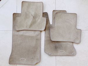 Mercedes-Benz W204 C-Class Sedan Genuine Tan Carpet Floor Mat Set 2008-14 for Sale in Los Angeles, CA