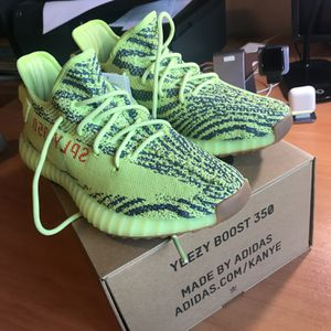 Yeezys boost 350 frozen yellow for Sale in Southwest Ranches, FL