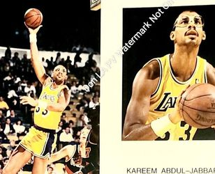 In Person Autographed 8x10 Two Shot Color Photo Signed By HOF NBA Legend Kareem Abdul-Jabbar for Sale in Los Angeles,  CA