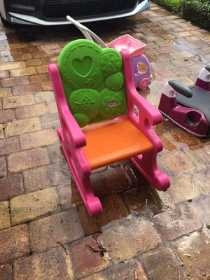 Little tikes rocking chair like new for Sale in Orlando, FL
