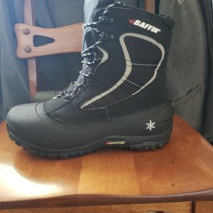 Womans Baffin Winter Boots for Sale in Southington, CT