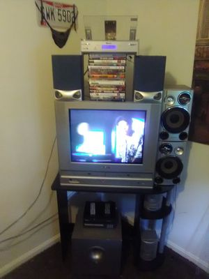 Home entertainment system for Sale in Lancaster, OH