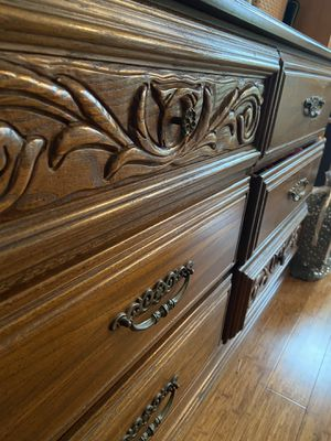 Antique chest of drawers for Sale in Brooklyn, NY