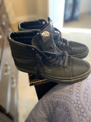 Men's Vans Sneakers Size 8.5 for Sale in Fayetteville, NC
