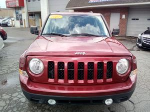 2017 jeep patriot 4 x 4 with back up camera for Sale in Dearborn, MI