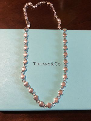 """Tiffany&Co 22"""" Modern Heart Chain Necklace for Sale in Los Angeles, CA"""