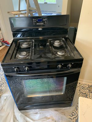Whirlpool Gas Stove/Oven for Sale in Landover, MD
