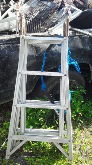 16 foot extinction ladder for Sale in West Palm Beach, FL