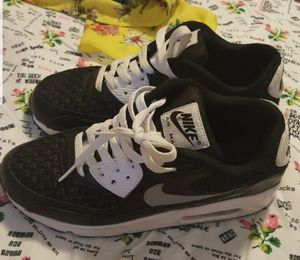 Sz 6 kids Nike airmax for Sale in Orlando, FL