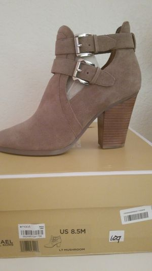 Michael Kors boots for Sale in Calexico, CA