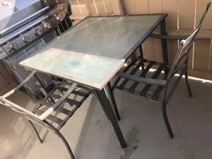 Patio table w/ chairs for Sale in Santa Fe Springs, CA