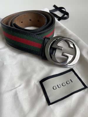 Gucci leather belt + dust bag for Sale in Miami, FL