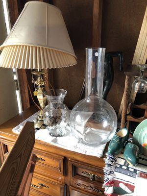 2 flower vases for Sale in Lorain, OH