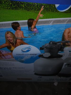 Pool pump with filtration system for Sale in North Las Vegas, NV