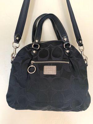 Authentic COACH poppy crossbody black purse/handbag for Sale in Glendale, AZ