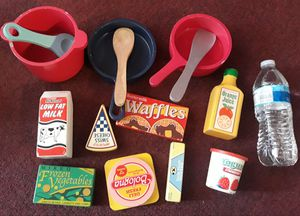 Melissa and doug wooden kitchen accesories toys $17 for Sale in Redondo Beach, CA