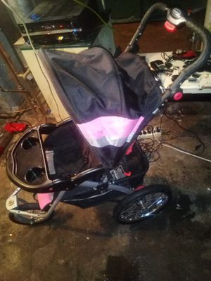 Like New stroller . Gently used .. for Sale in Saint Paul, MN