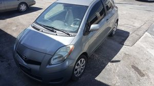 2010 Toyota Yaris Hatchback for Sale in Austin, TX