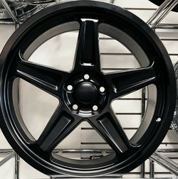 22x9 Wheels and tires set 33125022 for Sale in Phoenix,  AZ
