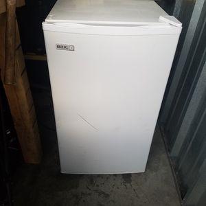 Mini fridge for Sale in Rochester, MN