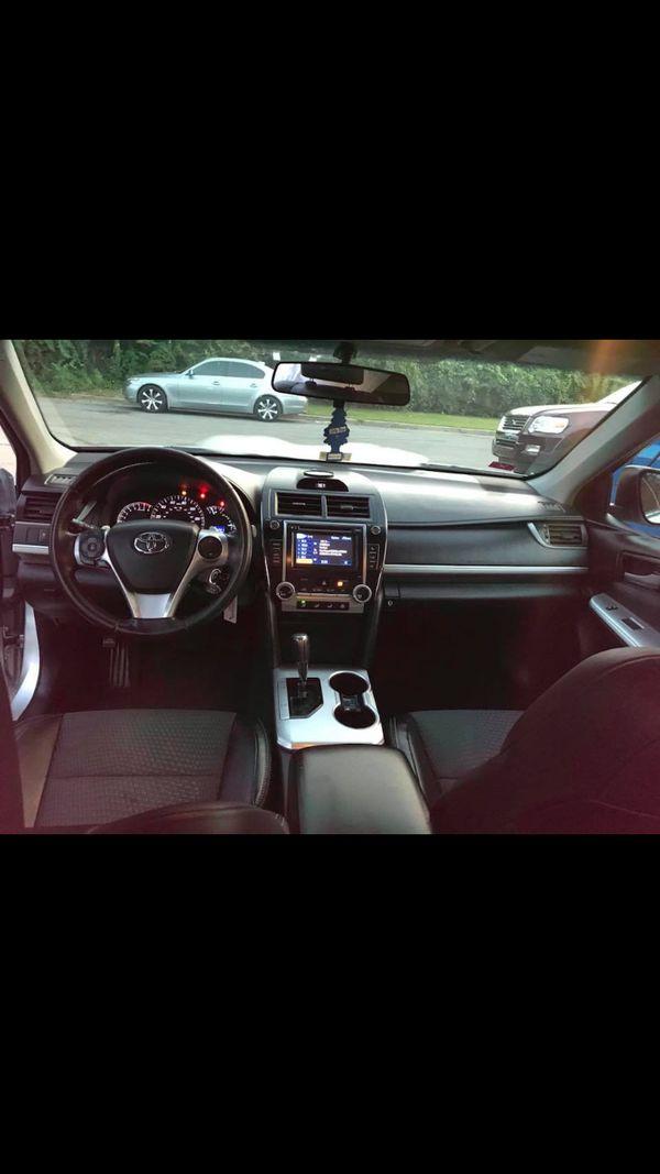 2014 Toyota Camry - SE Sedan 4D