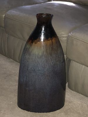 "BIG!!! CERAMIC COLORFUL VASE H-23"" W-12"" for Sale in Denver, CO"