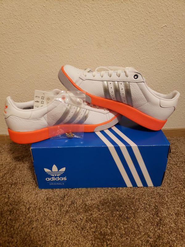 New adidas Forest Hills White Silver Orange Size 9