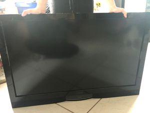 """VIZIO T.V. 37"""" HDTV Slim for Sale in Tamarac, FL"""