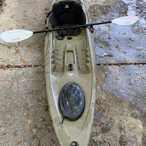 Kayak- Ascend 12' Fishing Kayak for Sale in Houston, TX