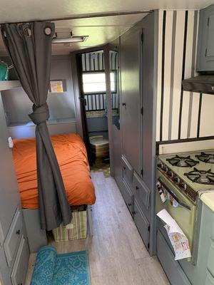Vintage Travel Trailer/ Camper! Lots of Glamping weather left! for Sale in Bellingham, WA