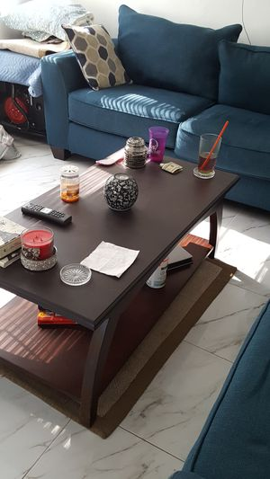 Coffee table for Sale in Fort Lauderdale, FL