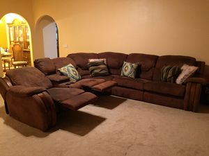 Comfortable Sectional that Reclines and turns into a sofa bed for Sale in Highland, CA