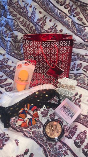 Beauty bag! for Sale in KNG OF PRUSSA, PA