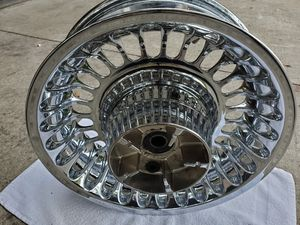 HARLEY DAVIDSON 2010 - 2013 ELECTRA GLIDE AND OTHER TOURING REAR WHEEL for Sale in Mount Dora, FL