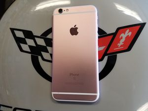 Unlocked Rose iPhone 6S 32 GB for Sale in Port St. Lucie, FL