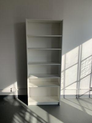 White Shelf/ bookcase for Sale in Los Angeles, CA