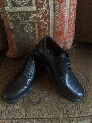 Men's black dress shoes 9.5 for Sale in Miami, FL