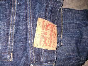 Levi 501 Button fly Jeans 31 x 32 for Sale in Galloway, OH
