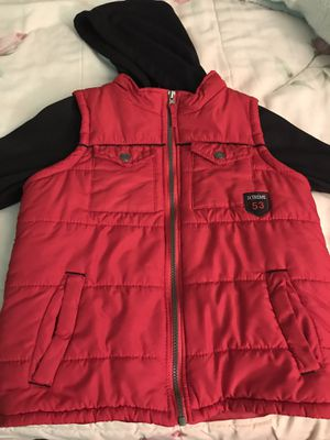 For boys size size 8 for Sale in Winfield, IL