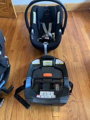 Cyber Aton Q infant car seat 2015 Black Beauty for Sale in Chicago, IL