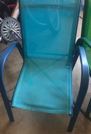 Kids chair different colors $4.00 each one for Sale in San Fernando, CA