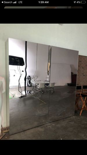 Plexiglass mirrors wooden base 8ft tall for Sale in Los Angeles, CA