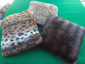 3 Faux Fur Pillows for Sale in Kennewick, WA